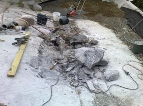 Stenspräckning för hörn till blivande växthus