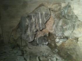 Stenspräckning under villa för blivande extrarum